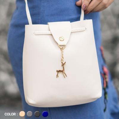 กระเป๋าแฟชั่นทรงเหลี่ยม คละสี