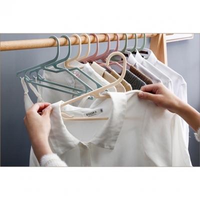 ไม้แขวนเสื้อ พลาสติก 10ชิ้น/ชุด มี 5 สี