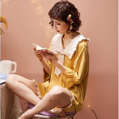 ชุดนอนเสื้อ+กางเกงขาวสั้นคุณหนูสีเหลือง มี 2 size