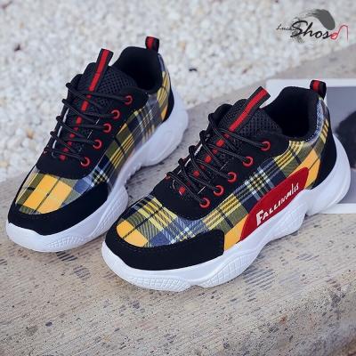 รองเท้าคาวาอิ ลายสก็อต มี 2 สี คละ size