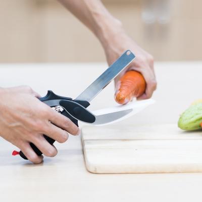 กรรไกรตัดอาหารแบบพกพา สีดำ-เทา