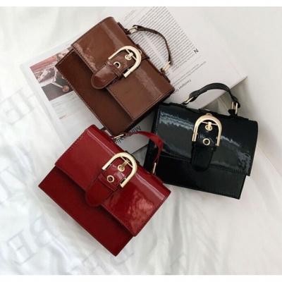 กระเป๋าสุดคล ของคนเก๋ๆ ทรงใหม่ มี 3 แบบ