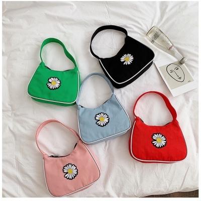 กระเป๋าสะพายไซส์มินิ แบบถือ สะพายข้าง มี 5 สี